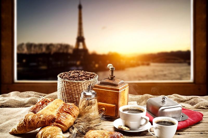 Les 12 meilleurs bars sur les toits de Paris