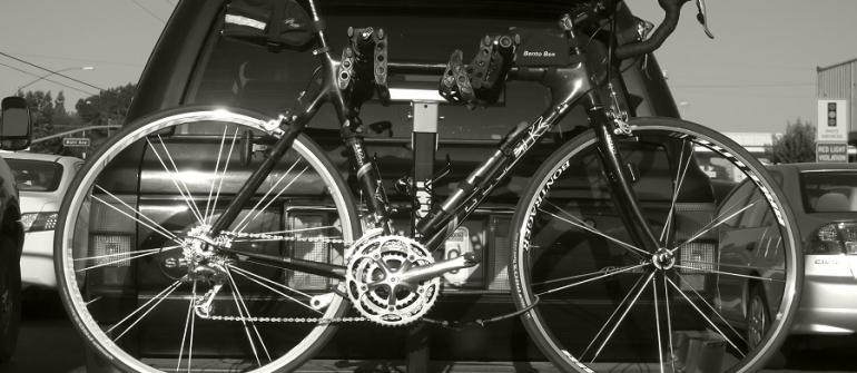 Le porte-vélos, un accessoire auto devenu presque indispensable