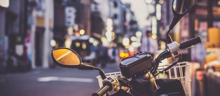 Pourquoi privilégier le taxi-moto dans les grandes villes ?