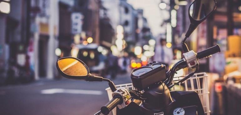 Les avantages d taxi-moto dans les grandes villes