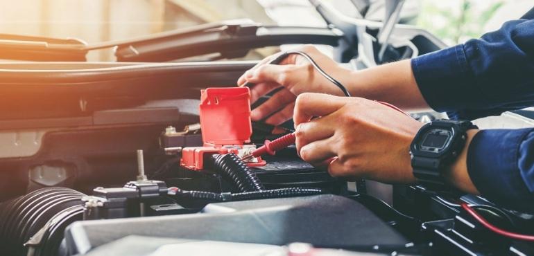 Nos conseils pour entretenir votre voiture sans permis