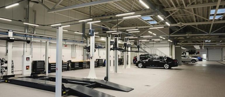 Équipement de garage : investir dans le neuf ou l'occasion?