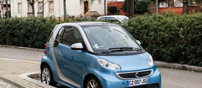 Les informations à savoir avant d'acheter une voiture sans permis